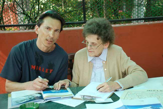 Elizabeth Hawley avec François Damilano (photo Paulo Grobel)