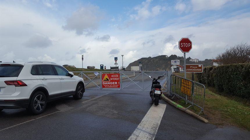 Certaines plages de Saint Jean de LUz sont fermées aussi