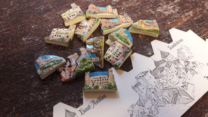 """Les fèves de l'opération """"Un château en Alsace"""", à la boulangerie Maulbecker-Maurer à Strasbourg en janvier 2018"""