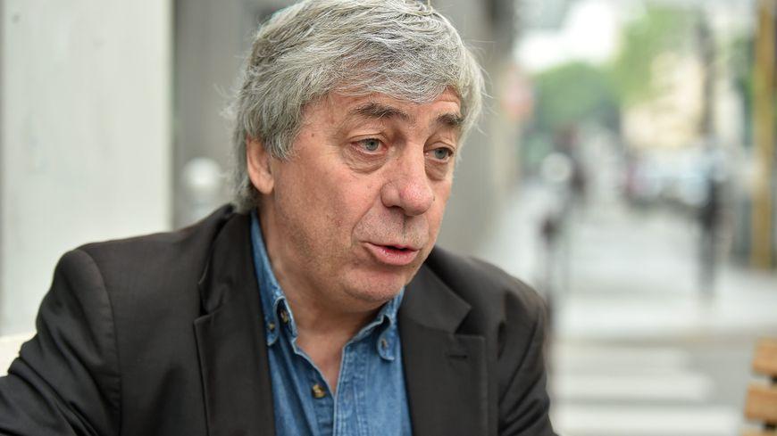 Sorj Chalandon écrit régulièrement en Mayenne où il possède une maison