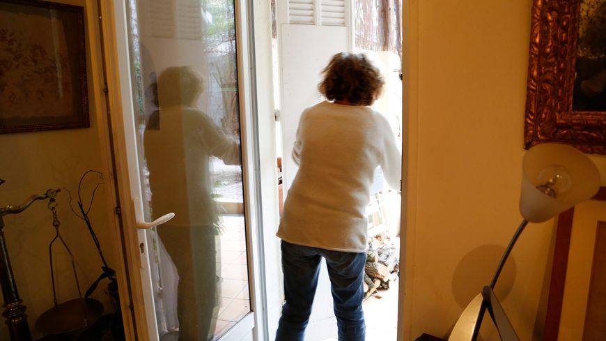 Les gendarmes de la Mayenne appellent les personnes âgées à la plus grande prudence.