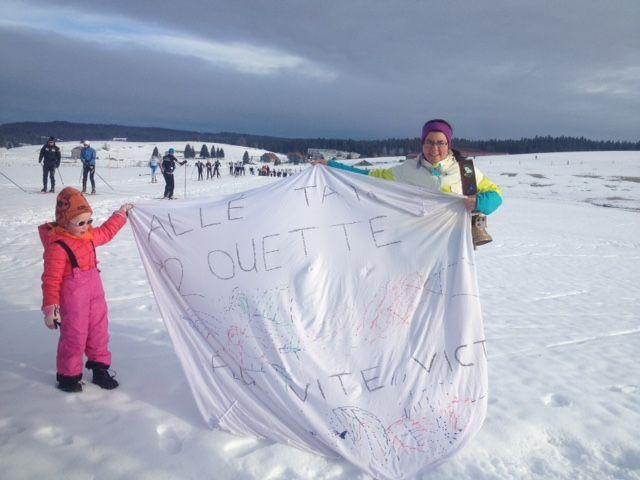 Carline, venue soutenir sa soeur pour sa toute première envolée nordique