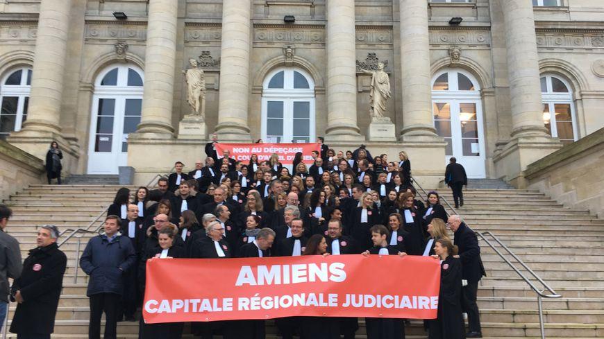 Les avocats et les élus mobilisés pour défendre la cour d'appel d'Amiens