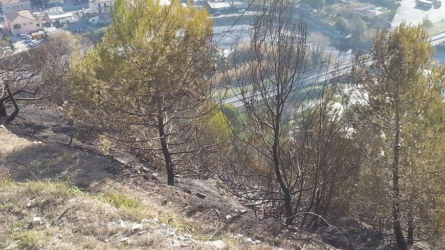 Les restes de l'incendie