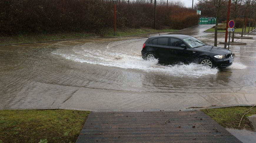 Route inondée (illustration)