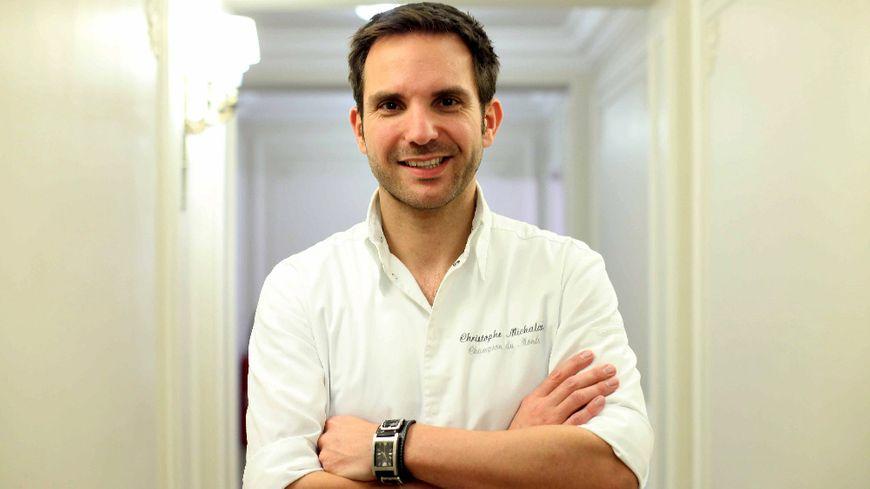 Le pâtissier Christophe Michalak est un grand amateur de crêpe dentelle ou Gavotte.