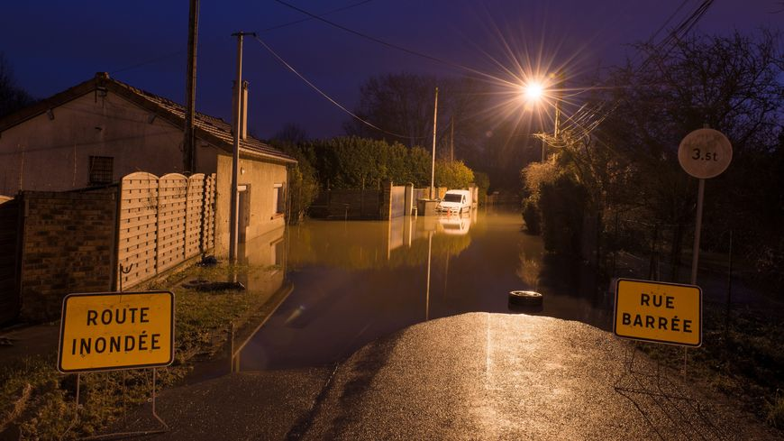 La crue de la Marne entraîne la coupure de nombreuses routes