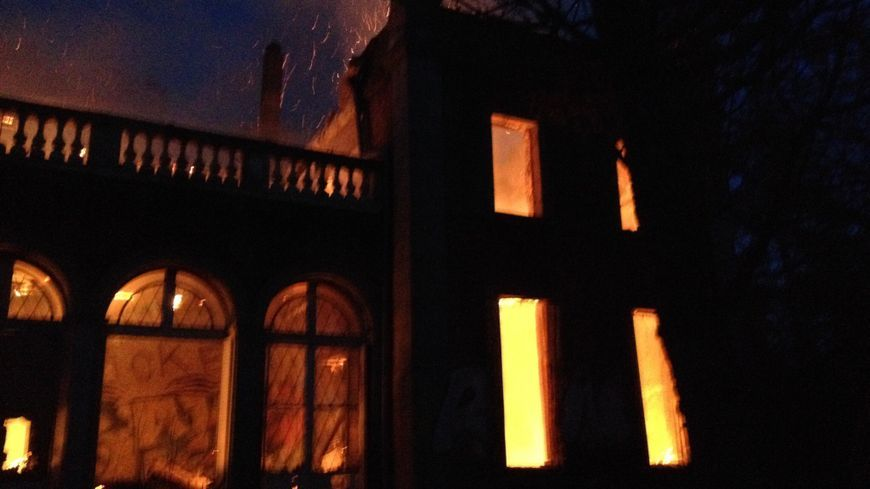 Incendie jeudi du manoir de la Tour de Cesson à Saint-Brieuc