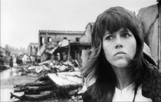 Jane Fonda visite Hanoï en 1972