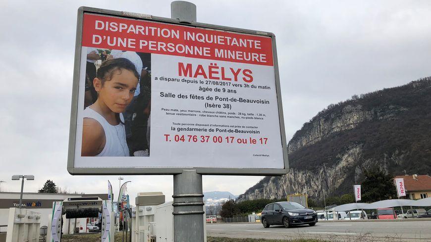 Un panneau publicitaire entre Grenoble et Voiron, en Isère