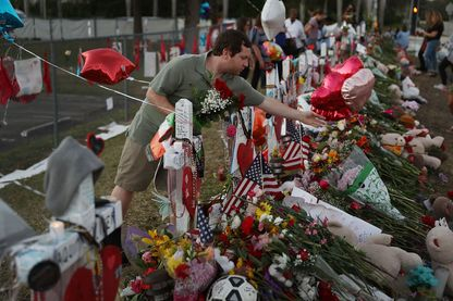 Énième tuerie de masse à Parkland en Floride, la chaîne de télévision CNN a mis les politiques au milieu des victimes.