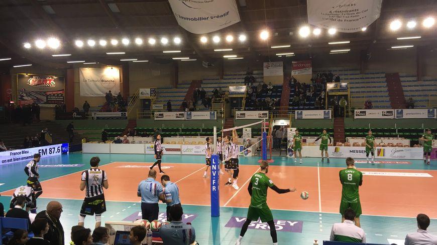 Demi-finale de la Coupe de France : Poitiers s'incline en 5 sets face à Tourcoing