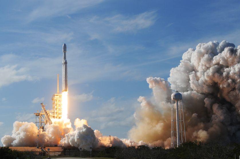 Lancement de la fusée  Falcon Heavy le 06/02/2018