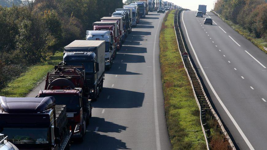 Les bouchons sur l'A31 à la frontière Luxembourgeoise