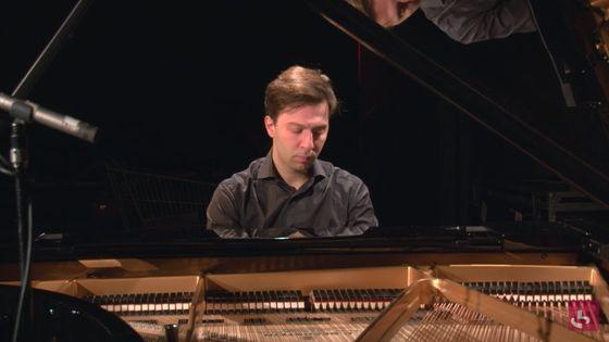 "Debussy : ""L'isle joyeuse"" par Vassilis Varvaresos"