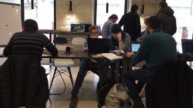 Partager ses bureaux pour réduire les frais et travailler en réseau, c'est ce que propose l'espace Coworking qui a ouvert récemment à Dijon