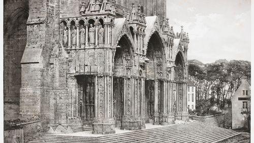Épisode 3 : La cathédrale-livre