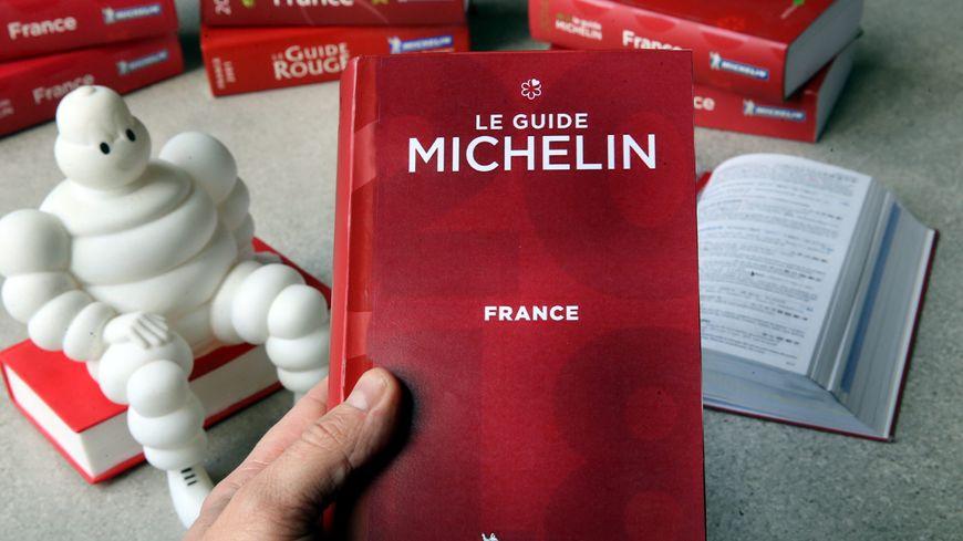 Carte De Bourgogne Michelin.Carte Guide Michelin 2018 Les Etoiles Pres De Chez Vous En