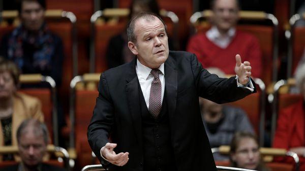 François-Xavier Roth nommé artiste associé à la Philharmonie de Paris