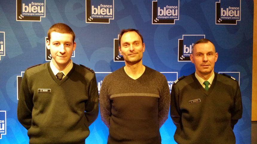 Vincent, 22 ans en SMV avec Olivier Cattiaux et le Commandant Goerig, chef du centre SMV de Chalons en Champagne