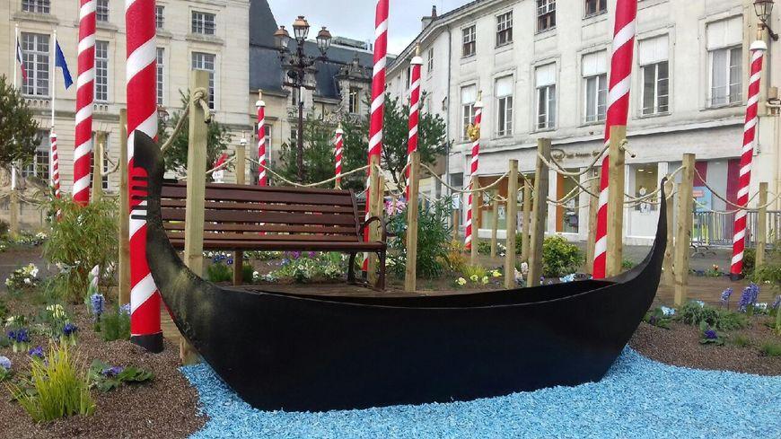 Ce jardin éphémère est installé jusque fin février sur la place du Maréchal Foch.