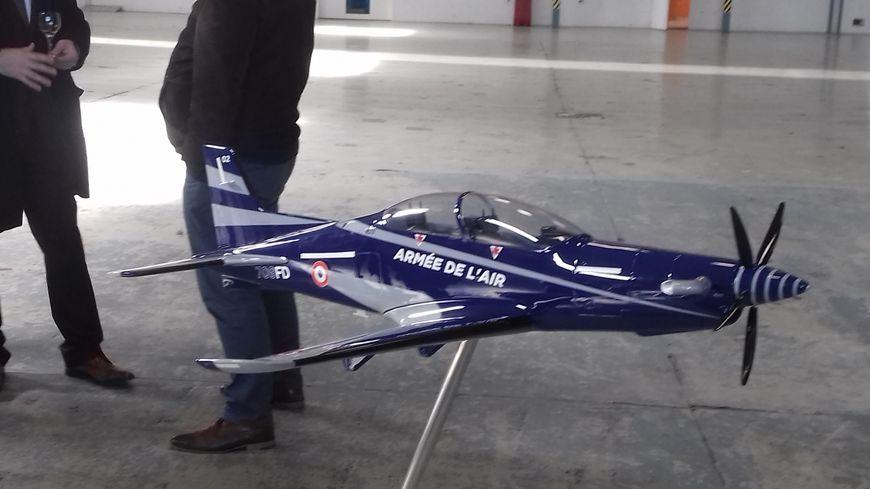 Le Pilatus PC-21 en modèle réduit