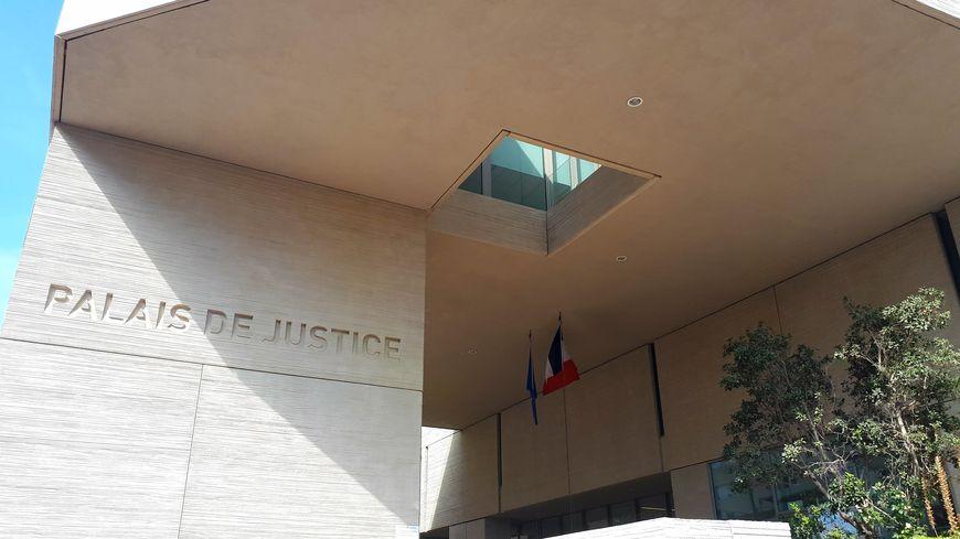 Le tribunal de Béziers