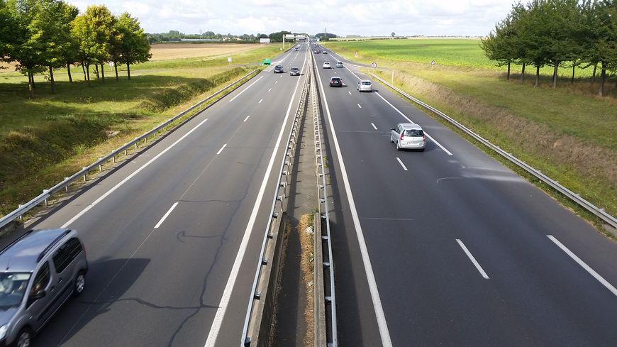 L'autoroute A84 relie la Normandie à la Bretagne