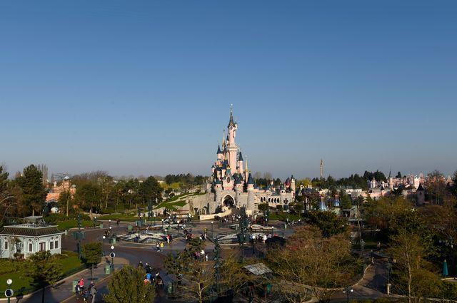 Le château de la Belle au bois dormant à Disneyland (Marne-La-Vallée)