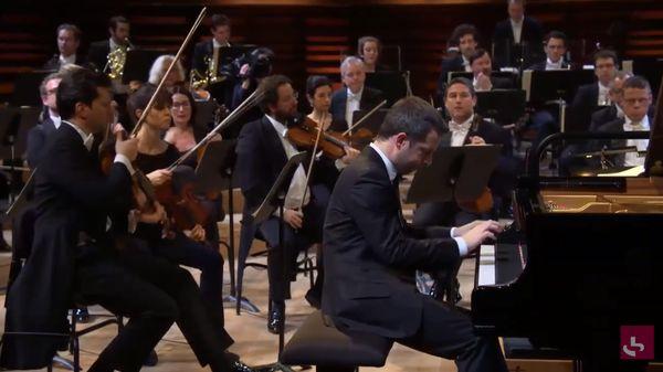 L'Orchestre philharmonique de Radio France joue Farrenc et Beethoven avec le pianiste Bertrand Chamayou