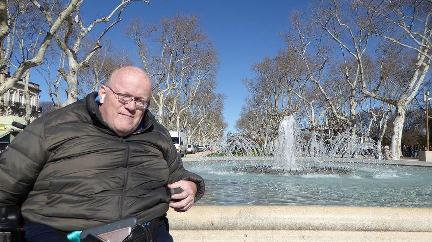 Stéphane Jeanneau sur l'esplanade de Montpellier