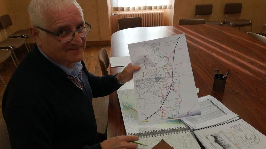 Michel Briffault, le maire de Coulans-sur-Gée, souhaite comparer ses résultats avec ceux des tests réalisés par Eiffage.