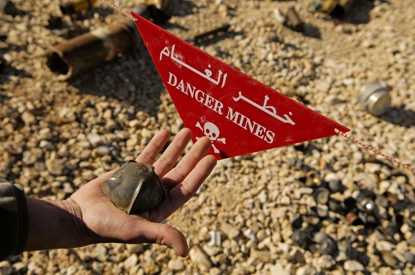 Les mines antipersonnel cachées à Raqqa (Syrie) ont fait au moins 450 victimes en quelques semaines. Illustration