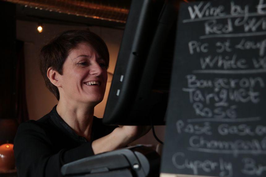 Florie, la gérante du Bouchon a ouvert le restaurant il y a trois mois