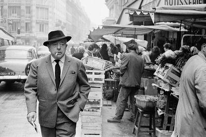 Jacques Prévert dans les rues de Paris