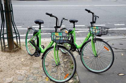 Les vélos sans bornes fleurissent dans les rues de la capitale
