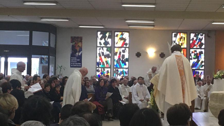 Plus d'une centaine de fidèles et de proches se sont rassemblés pour l'ordination diaconale de Roger Caizergues.