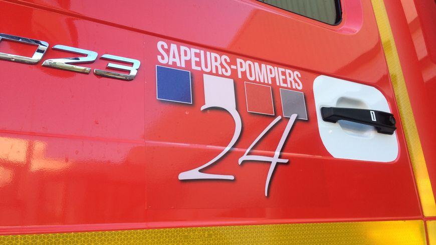 Véhicule des pompiers de Dordogne.