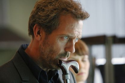 "Hugh Laurie alias Dr. Gregory House, dans l'épisode 10 de la saison 3 de ""Dr House"""