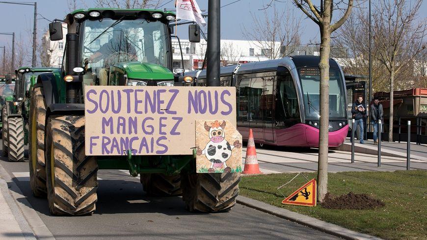 La manifestation des agriculteurs à Dijon, ce mercredi.