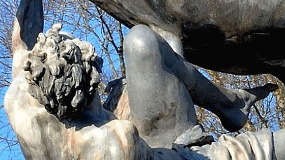 Statue cheval trompette