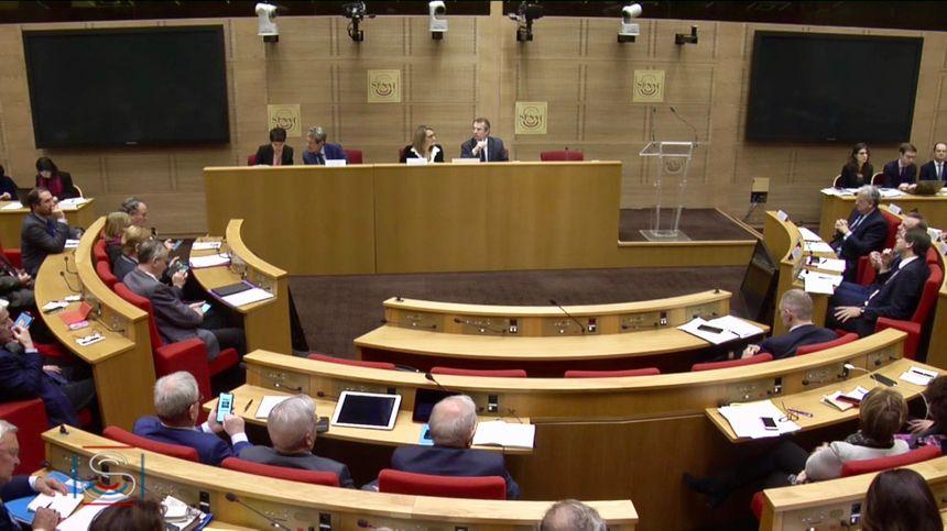 Les représentants des enseignes de la grande distribution ont été auditionnés au Sénat ce mercredi matin (copie écran) dans le cadre de l'affaire Lactalis.