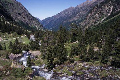 La Vallée de Lutour dans les ¨Pyrénées