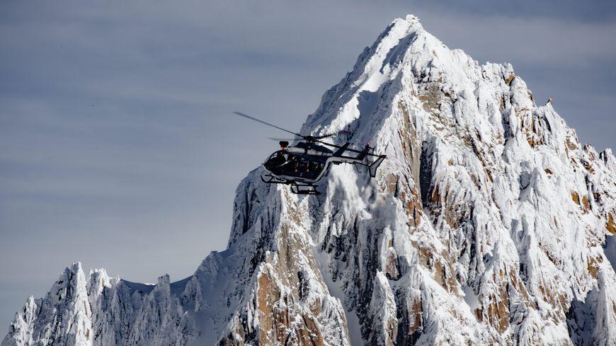 Secours en montagne assuré ici par le PGHM.