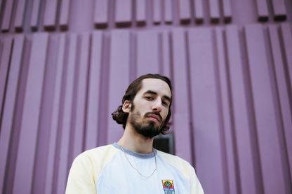 Antoine Valentinelli, dit Lomepal, à l'occasion de la sortie de son premier album studio: FLIP.