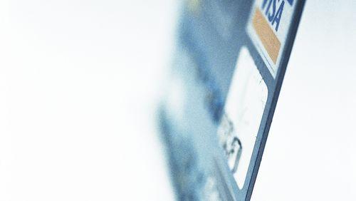 D'autres vies que la mienne de Emmanuel Carrère (8/10) : Les microcrédits passés à la loupe
