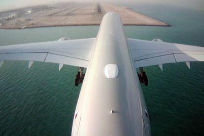 Stéphane Iglésis était à bord du premier vol commercial Doha Londres avec le nouvel Airbus A 350-100