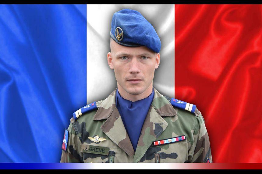 Le lieutenant Sébastien Grève, né en 1987 à Valence