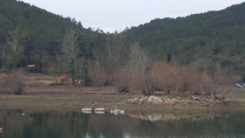 Les secours sur le lac de Carcès