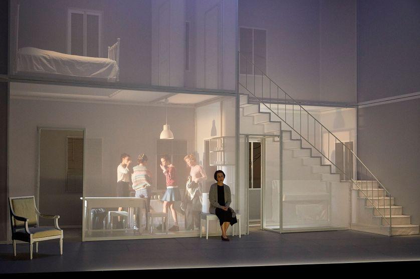 """""""J'étais dans ma maison et j'attendais que la pluie vienne"""" de Jean-Luc Lagarce, mise en scène Chloé Dabert"""